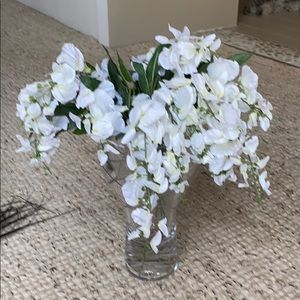 Other - White silk flower lot